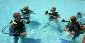 Familiarize Your Kids with the Underwater World by Enrolling Them in Scuba Diving Classes