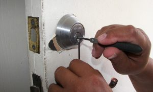 What to Do If You Get Locked Out of Your House
